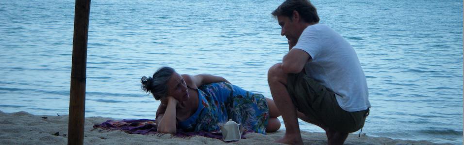 couple-sur-plage-956x300